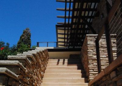 romani-la-canada-flintridge2-stairs