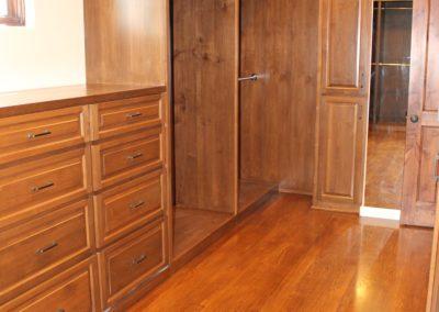 romani-malibu-bedroom-cabinets
