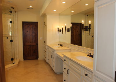 romani-malibu-master-bathroom-close-up