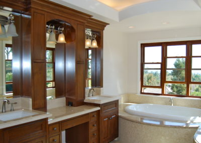 romani-monrovia-master-bathroom