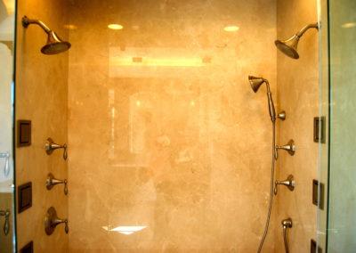 romani-monrovia-shower